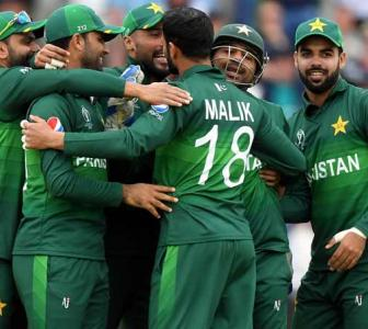 COVID-19: 'Pak players will be safer in the UK'