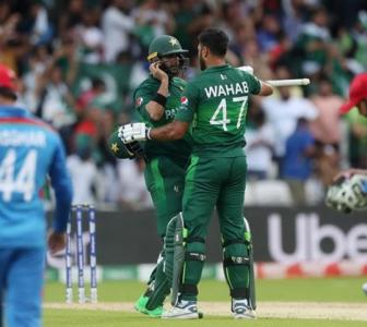 Imad happy to step up and be Pakistan's match winner