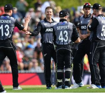 3rd T20: England collapse to give New Zealand series lead