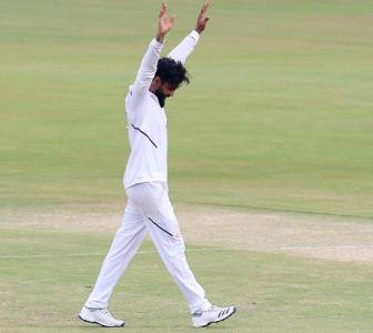 Jadeja fastest left-arm bowler to 200 Test wickets