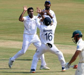 Ashwin equals Murali's record; joint fastest to 350 wkts