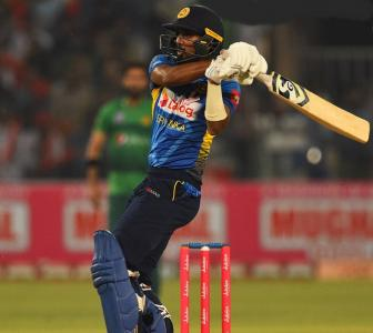 Sri Lanka too good for Pakistan in T20s