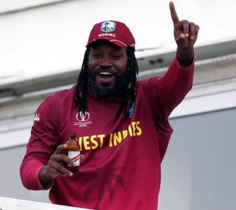 Gayle claims he is victim of racism