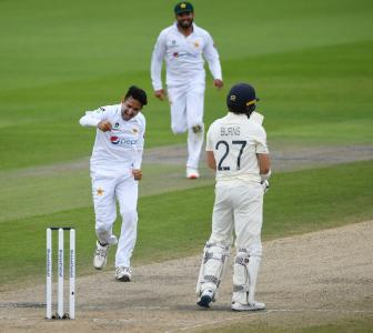 PHOTOS: England vs Pakistan, 1st Test, Day 4