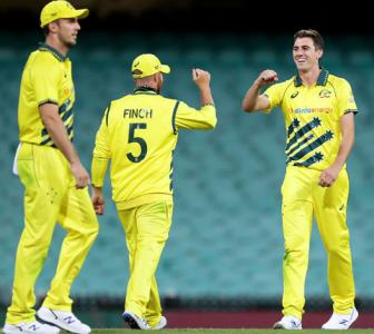 PHOTOS: Australia down Kiwis in 1st ODI at empty SCG
