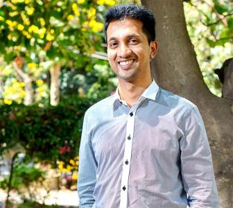 How a coolie's son set up a Rs 100 crore company