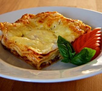 Monsoon Recipes: Chicken Lasagne, Onion Rings and more