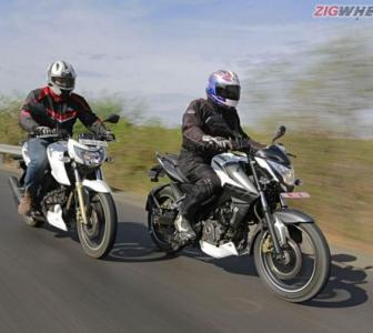 Pulsar NS 200 vs Apache RTR 200. And the winner is...