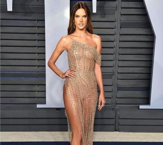 PIX: The most naked dresses of 2018