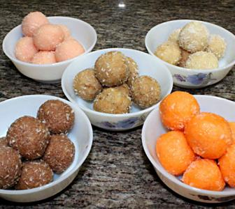 #Diwali2018: How to make flavoured coconut laddoos