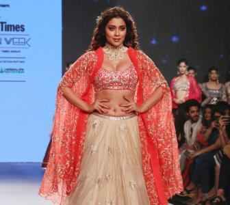 Bridespiration! Shriya Saran turns up the heat