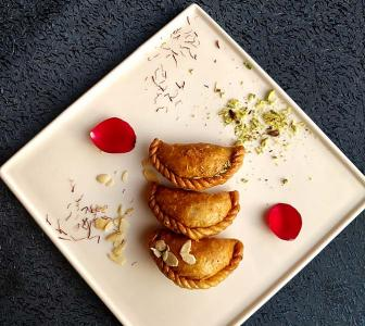 Holi recipes: Chocolate prunes gujiyas, dahi bhalla, golgappa