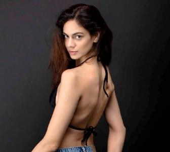 SEE: How this super hot model stays FIT