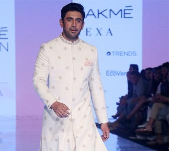 Amit Sadh in a white bandhgala is irresistible