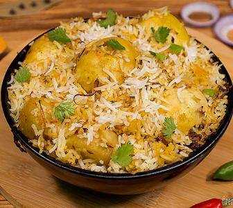 How to make restaurant-style Egg Biryani at home