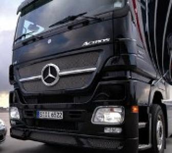 Daimler to sell Tata Motors stake