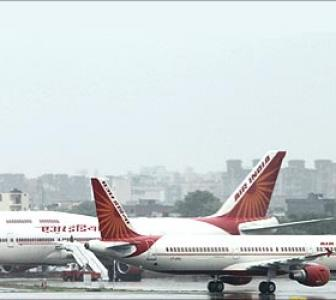 Air India earns Rs 36 cr a day, spends Rs 57 cr!