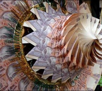 India Inc to give 11% salary hike to employees in FY13