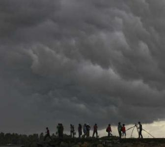 'The forecast for deficit monsoons remains'