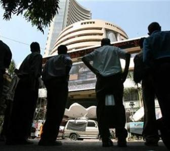 Markets slip into red as RBI keeps rates unchanged