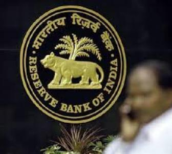 RBI disappoints industry; hopes for post-Budget rate cuts