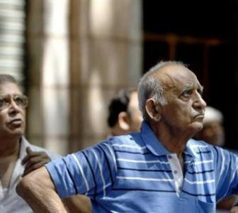 Greece 'No' doesn't affect markets; Sensex, Nifty end in green