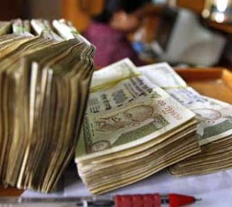 Rupee ends at 62.26 vs $; logs longest run of gains since 2011