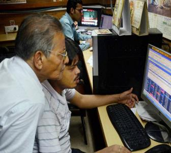 Sensex ends 257 points lower on weak global cues; Infosys dips 4%