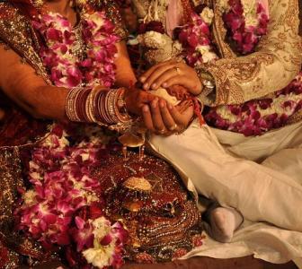 Covid-19: Should you postpone your wedding?