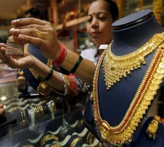 Why your family jeweller is losing the battle to big brands