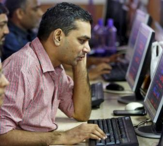 India Inc's Q4 net profit takes a 22% hit