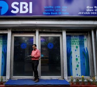 'PSBs are sitting on liquidity, but are not lending'