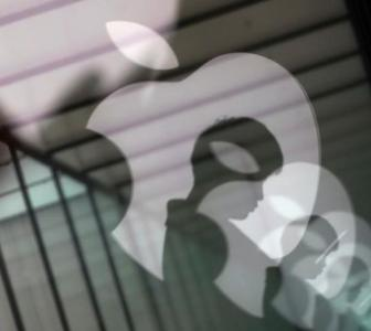 Govt asks Apple to manufacture, export more from India