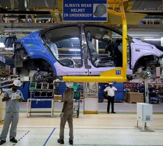 Automakers sack contractual workers as slowdown bites