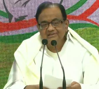 Did the FM even read Economic Survey, asks Chidambaram