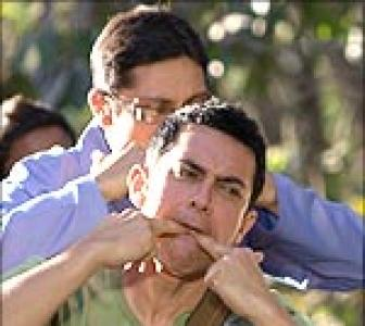Review: 3 Idiots eyes box office gold