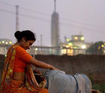 Review: Bhopal: A Prayer For Rain is a haunting film