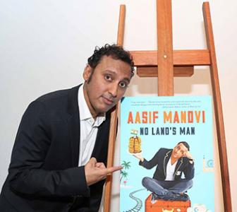 Why Aasif Mandvi learnt to 'patank'