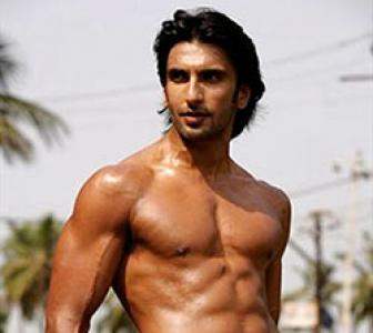 Ranveer Singh: I find it very cool when girls hit on me