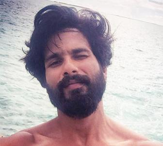 Want to see Shahid's starry lifestyle? Click here!