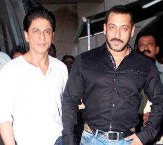 SRK shoots for Bigg Boss promo with Salman!