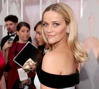 Oscars 2015: Reese, Jennifer Aniston, Emma Stone on the red carpet
