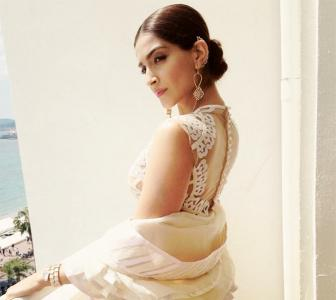 Behind the scenes: Sonam Kapoor is living it up at Cannes!