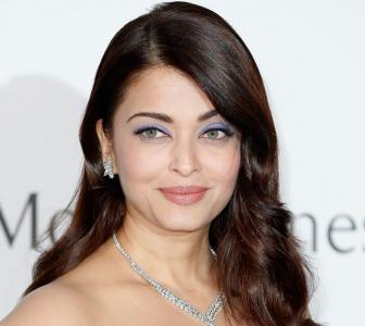 Cannes 2015: Aishwarya is a dream girl in Elie Saab