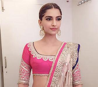 Rate Sonam's off screen looks!