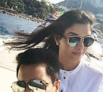 PIX: Asin, Bipasha, Sanjay Dutt go on vacation!