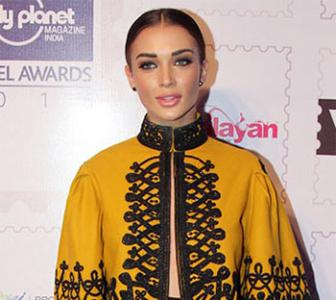PIX: Amy Jackson, John, Sidharth attend Lonely Planet awards