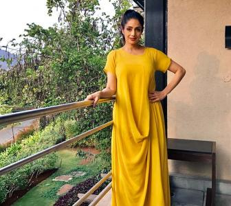 'Forget me being Sridevi, I am a normal mother'