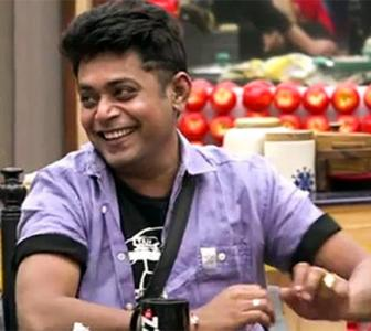Bigg Boss 11: Hina likes to feel superior, says Sabyasachi