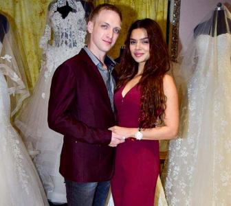 PIX: Aashka goes wedding shopping!